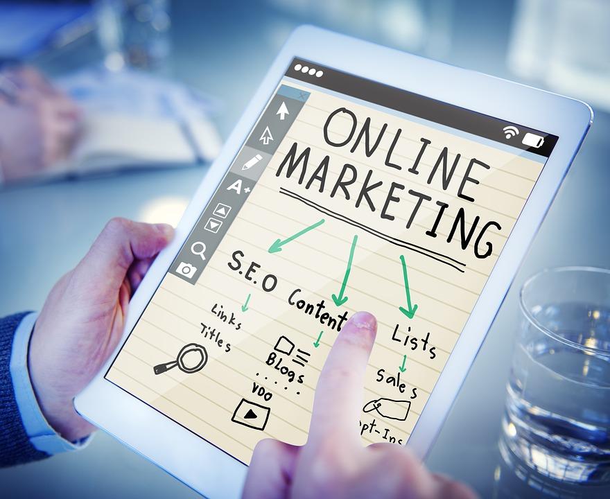 công việc marketing online là làm gì